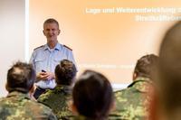 Tausche Anzug gegen Uniform - 21. InfoDVag der Streitkräftebasis
